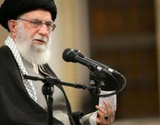 El líder supremo iraní, Alí Jamenei, anticipó que su país iba a responder por el asesinato de Soleimaini. OFICINA DE PRENSA DEL LÍDER SUPREMO DE IRÁN
