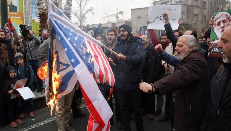 Tras la muerte de Qasem Soleimani hubo protestas contra EE.UU. en Teherán.