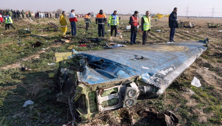 Durante los primeros tres días después del accidente, Irán negó que sus fuerzas armadas hubieran derribado el avión.