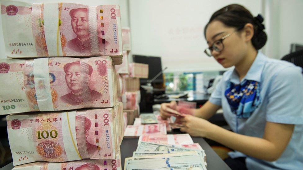 """Guerra comercial EE.UU.-China: qué significa que Washington haya sacado a Pekín de la lista de """"países manipuladores de divisas"""""""