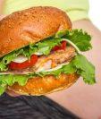 En muchos países del mundo se sugieren dietas estrictas para mujeres embarazadas. GETTY IMAGES