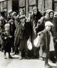 Al menos 1.3 millones de personas fueron enviadas a Auschwitz-Birkenau durante la guerra, el 90% de ellos eran judíos