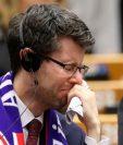 Rory Palmer, miembro socialista británico del Parlamento europeo, no pudo contener las lágrimas.