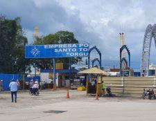 La Empresa Portuaria Nacional Santo Tomás de Castilla se encuentra en fase de ampliación, donde el presidente Alejandro Giammattei nombró a las nuevas autoridades. (Foto Prensa Libre: Dony Stewart)