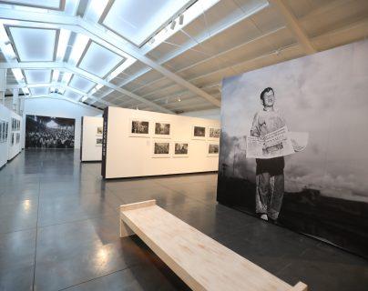 La Fototeca Guatemala, del Centro de Investigaciones Regionales de Mesoamérica (Cirma) cumple 40 años y celebra con una exposición que muestra parte de sus materiales más impresionantes, una selección entre más de un millón de fotografías. (Foto Prensa Libre:  Juan Diego González)
