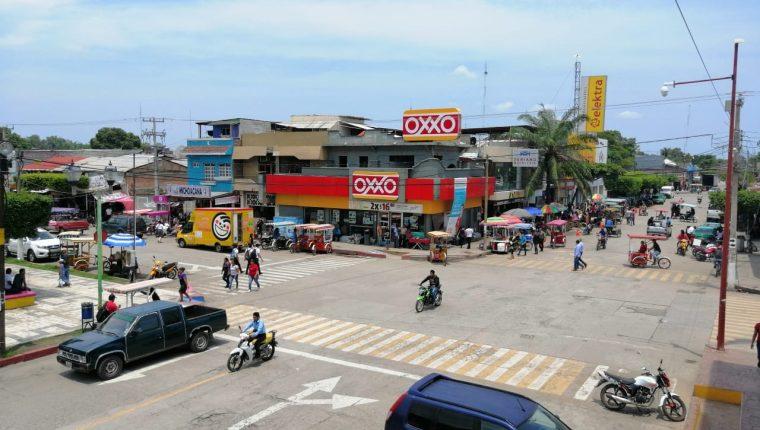 Los visitantes que solo lleguen a Tapachula no están sujetos a estos pagos. (Foto Prensa Libre: Whitmer Barrera)