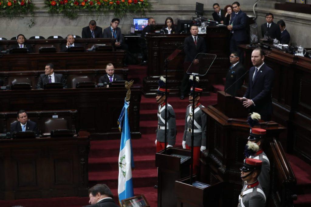 El presidente Álvaro Arzú Escobar brindó su último discurso. Foto Prensa LIbre: Érick Ávila