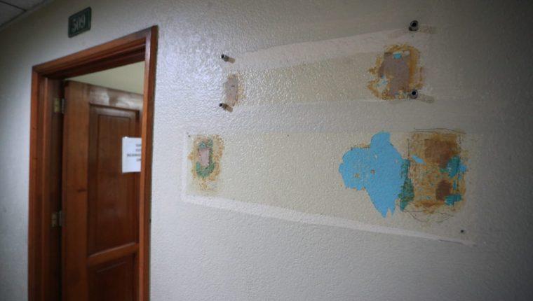 Varios diputados ocuparon las oficinas que dejaron otros que ya no fueron reelectos. (Foto Prensa Libre: Carlos Hernández Ovalle)