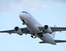 La DGAC informó que se habilitará una ventanilla especial para atención de los pasajeros de estos vuelos. (Foto Prensa Libre: Shutterstock)