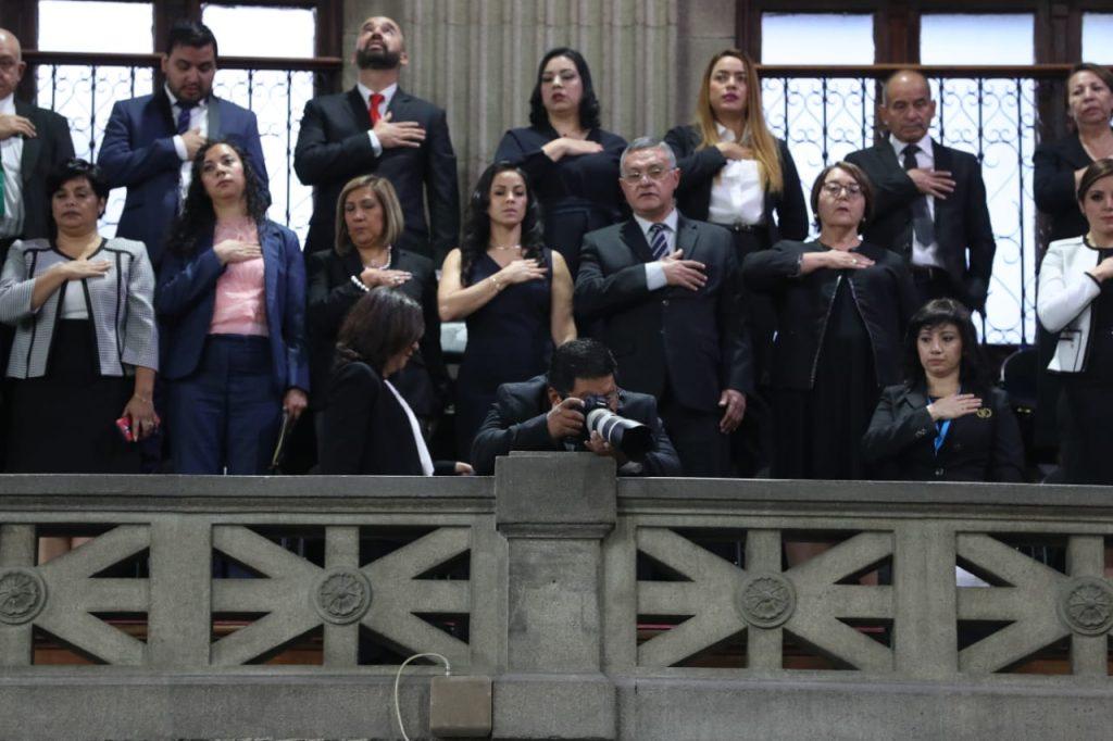 La sesión inició a las diez de la mañana, como estaba programado. Foto Prensa Libre: Érick Ávila