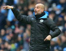 El entrenador Pep Guardiola dice que pasa pensando en cómo le jugará al Real Madrid. (Prensa Libre: AFP)