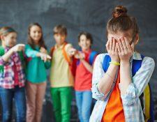 El acoso podría ser psicológico o verbal y afecta la autoestima de los niños. (Foto Prensa Libre: Servicios).