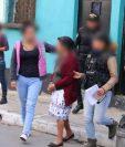Herilda Castillo Cermeño, de 72 años, fue capturada señalada de extorsión. (Foto Prensa Libre: PNC).