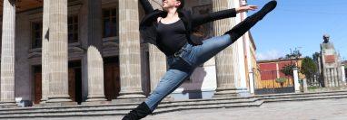 María Paula Noriega Mejía, ha demostrado su talento como bailarina de ballet clásico. (Foto Prensa Libre: Raúl Juárez)