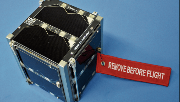 El primer satélite guatemalteco, Quetzal-1, será lanzado al espacio el 2 de marzo en el cohete Falcon 9 de la empresa SpaceX, hacia la Estación Espacial Internacional. (Foto, Hemeroteca PL)