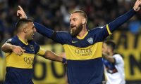"Photo released by Noticias Argentinas of Boca Junior's defender Italian Daniele De Rossi (R) celebrating next to  forward Ramon Abila after scoring against Almagro during the Copa Argentina football match at Ciudad de La Plata stadium in La Plata, Buenos Aires on August 13, 2019. (Photo by STR / NOTICIAS ARGENTINAS / AFP) / - Argentina OUT / RESTRICTED TO EDITORIAL USE - MANDATORY CREDIT ""AFP PHOTO / NOTICIAS ARGENTINAS / AGLAPLATA  "" - NO MARKETING - NO ADVERTISING CAMPAIGNS - DISTRIBUTED AS A SERVICE TO CLIENTS"