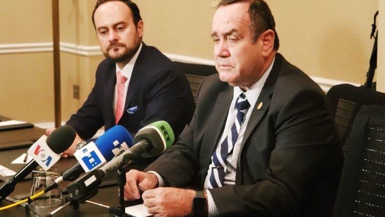 Cancillería prioriza la remoción de diplomáticos nombrados por Jimmy Morales