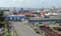 En las aduanas maritimas el despacho  para el levante de mercancías es de 8.8 días, según el estudio de Tiempos de Despacho. (Foto Prensa Libre: Hemeroteca)