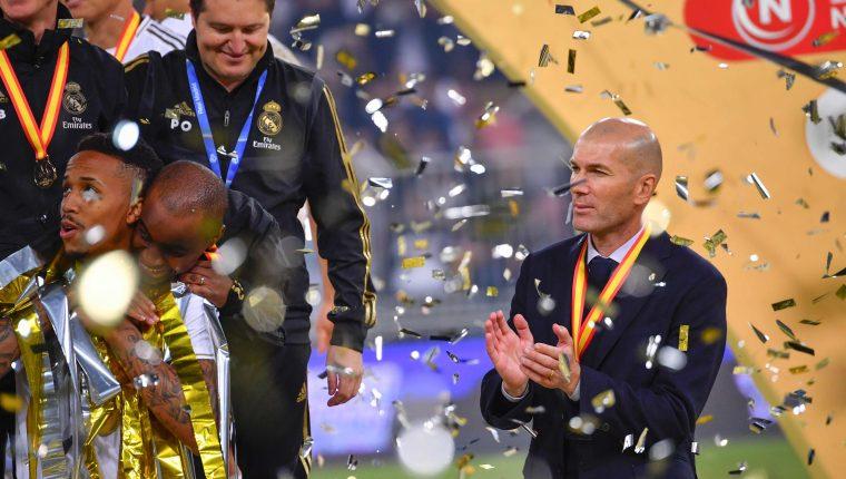 El técnico del Real Madrid, Zinedine Zidane, lleva marca perfecta en finales. (Foto Prensa Libre: AFP)