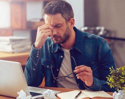 El cansancio y falta de ánimo son síntomas de la falta de hierro, pero los expertos recomienda siempre acudir al médico para su diagnóstico. (Foto Prensa Libre: Servicios).