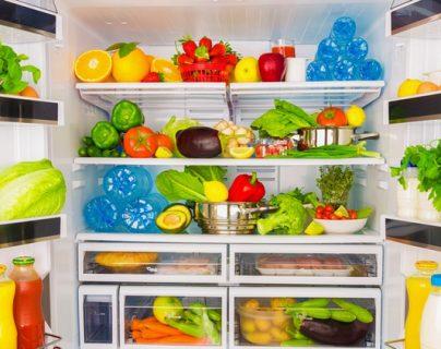 Las familias grandes y las de menores ingresos son las que menos desechan alimentos. (Foto Prensa Libre: Servicios)