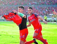 Alejandro Díaz y Rudy Barientos son piezas vitales para el campeón rojo que hoy se estrena contra Cobán. (Foto Prensa Libre: Hemeroteca PL)