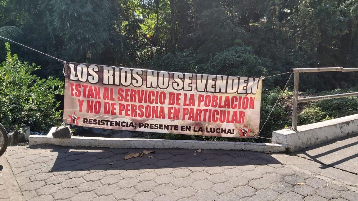 Vecinos de San Antonio Suchitepéquez se oponen a construcción de hidroeléctrica y retuvieron al alcalde