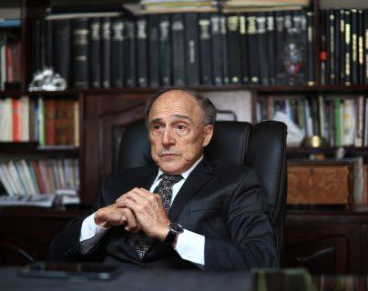 Hugo Maúl Figueroa fue magistrado de la  Corte Suprema de Justicia (1999-2004) y presidentede la misma (2000-2001) (Foto Prensa Libre: Carlos Hernández)