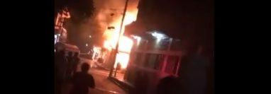 Incendio que dejó pérdidas en Catarina, San Marcos. (Foto Prensa Libre: Bomberos Voluntarios).