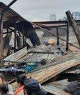 Así quedaron las viviendas por incendio en la zona 4 de la capital. (Foto Prensa Libre: La Red).