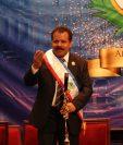 El alcalde Juan Fernando López dio su primer discurso en el Teatro Municipal de Quetzaltenango. (Foto Prensa Libre: Raúl Juárez)