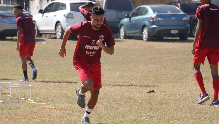Carlos Kamiani Félix seguirá buscando goles para Deportivo Iztapa
