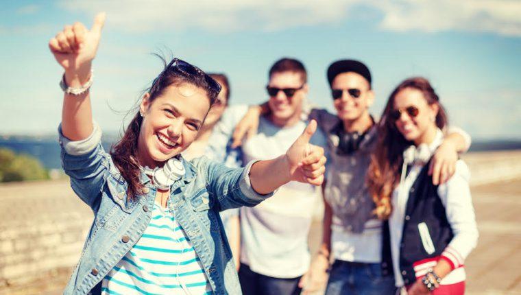 Las personas son más felices si tiene una perspectiva positiva y nostálgica de su pasado, según expertos. (Foto Prensa Libre: Servicios).