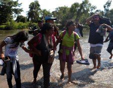 Miles de familias hondureñas han  viajado a EE. UU. aquejados por la pobreza y la violencia. (Foto Prensa Libre: EFE).
