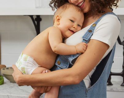 La realización personal que puede darse por ejemplo, al tener una carrera profesional, mantienen la buena salud mental de cualquier persona. Encontrar un equilibrio entre la maternidad y su carrera le traerá grandes beneficios y bienestar. (Foto Prensa Libre: Servicios)