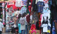 Ventas en la 18 calle y plaza de la econom'a informal, la Municipalidad autoriza vendedores a vender en estos lugares.   Fotograf'a. Erick Avila:               06/12/2018