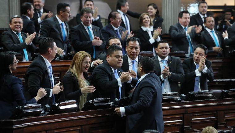 En la sesión del Congreso de la República se eligió a Allan Rodríguez como presidente del Congreso. (Foto Prensa Libre: Érick Ávila).