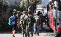 Autoridades participan en tareas de seguridad dentro del estado de Prevención. (Foto Prensa Libre: Érick Ávila)