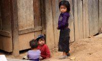 Niños de Huehuetenango son afectados por la desnutrición crónica y aguda. (Foto Prensa Libre: Mike Castillo)