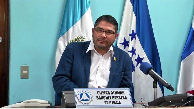 La CSJ amparó de manera provisional al  diputado Gilmar Othmar Sánchez Herrera para que llegue al Parlacén. (Foto Prensa Libre: Hemeroteca PL)