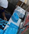 El Acuerdo Gubernativo 189 – 2019 prohíbe el plástico de un solo uso. (Foto Prensa Libre: Hemeroteca PL).