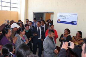 Alcalde de Quiché asume la alcaldía con oposición de seis concejales