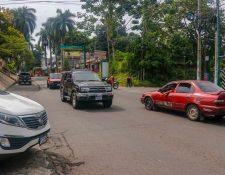 El desorden vial en las calles de Retalhuleu es un problema que las autoridades municipales deberán resolver. (Foto Prensa Libre: Rolando Miranda)