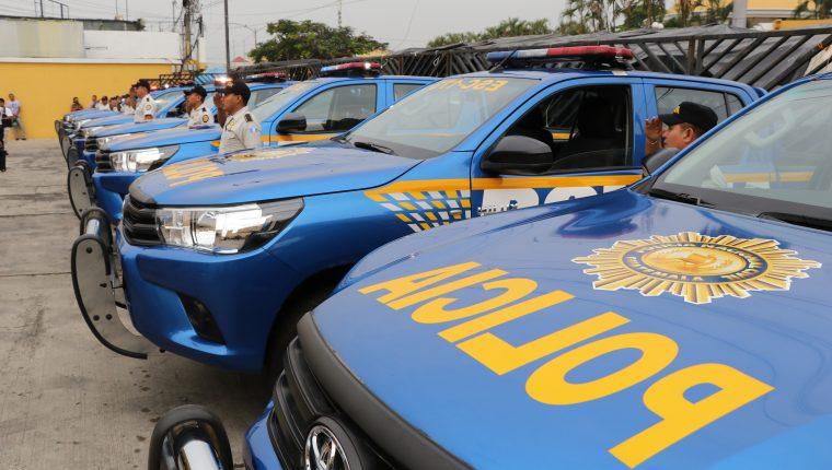 La comisaria de la PNC de Escuintla recibió nueve autopatrullas para reforzar la seguridad. (Foto Prensa Libre: Carlos Paredes)