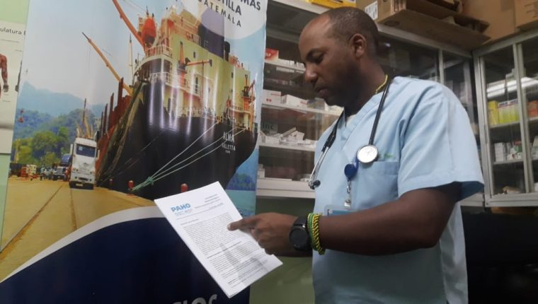 En puertos, aeropuerto y zonas fronterizas de Izabal, las autoridades de Salud activan protocolos de prevención ante el coronavirus. (Foto Prensa Libre: Dony Stewart)