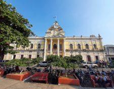 Gobernación Departamental funciona en el edificio del Palacio de Gobierno en Retalhuleu. (Foto Prensa Libre: Rolando Miranda)