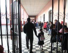 Estudiantes podrán ingresar a clases más tarde por autorización de la Dideduc. (Foto Prensa Libre: María Longo)
