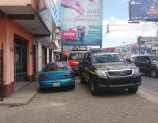 Comercio dedicado a la venta de tecnologías renovables resultó afectado por la delincuencia en Quetzaltenango. (Foto Prensa Libre: María Longo)