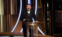Beverly Hills (United States), 05/01/2020.- A handout photo made available by the Hollywood Foreign Press Association (HFPA) shows host Ricky Gervais on stage during the 77th annual Golden Globe Awards ceremony at the Beverly Hilton Hotel, in Beverly Hills, California, USA, 05 January 2020. (Estados Unidos) EFE/EPA/HFPA / HANDOUT ATTENTION EDITORS: IMAGE MAY ONLY BE USED UNALTERED, ONE TIME USE ONLY WITHIN 60 DAYS MANDATORY CREDIT HANDOUT EDITORIAL USE ONLY/NO SALES HANDOUT EDITORIAL USE ONLY/NO SALES
