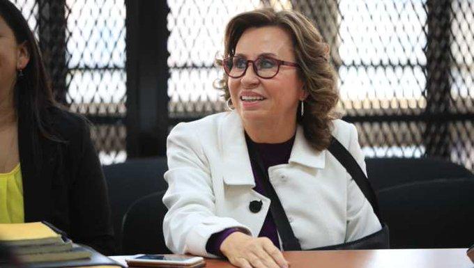 Sandra Torres paga caución de Q800 mil para salir de prisión
